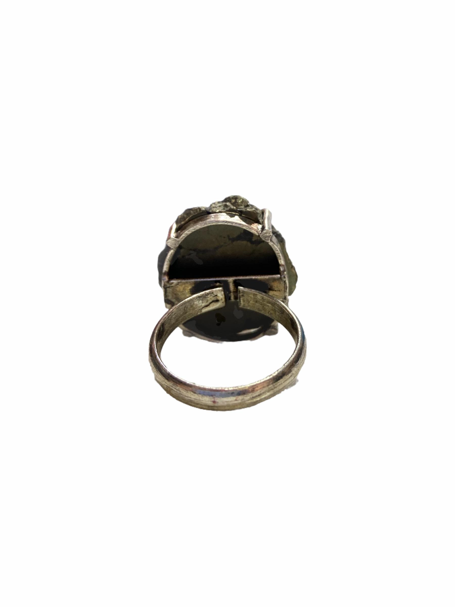 Δαχτυλίδι Χειροποίητο Με Ακατέργαστο Αιματίτης Σε Χρώμα Ασημί